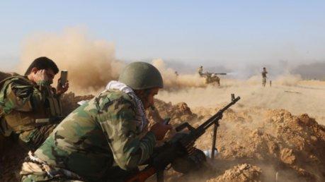 Iraq, forze anti-Isis avanzano verso Mosul, conquistati villaggi