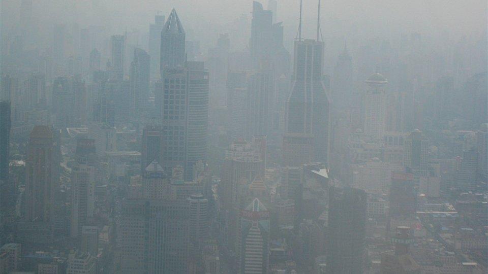 """Smog, la ricerca: """"Rischio demenza per chi vive vicino al traffico"""" - Foto Data Manager Online"""