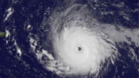 Uragano Irma, Caraibi devastati: ordinate evacuazioni a Miami in Florida